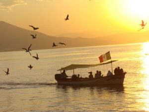 Lake Chapala Article 3