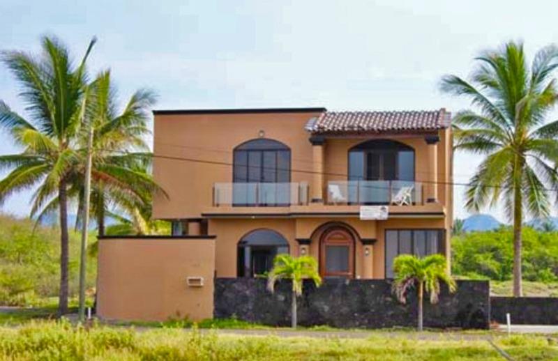 Block-Home for sale-Cuyutlan (1)